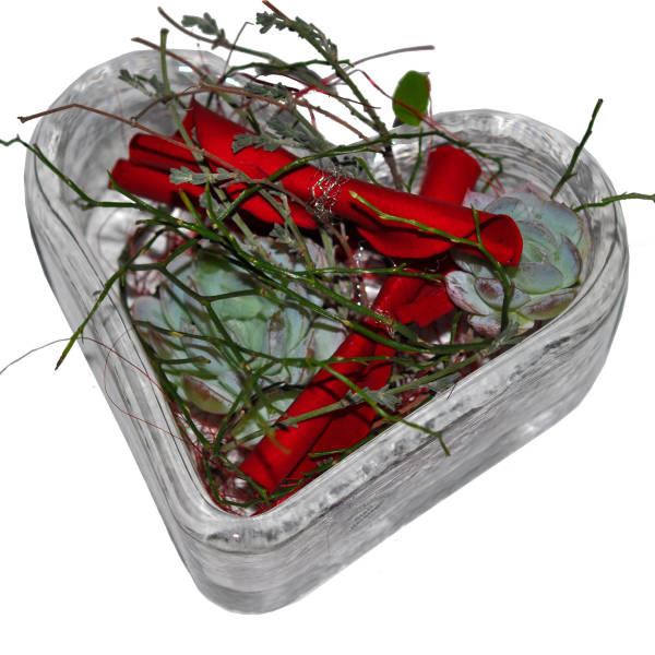 STRUB Glasi-Hergiswil mit Blumen